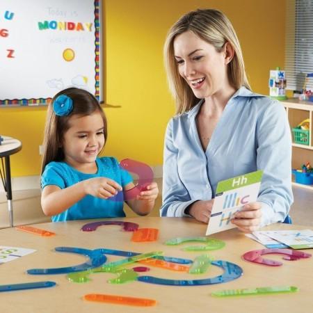 Sa construim alfabetul! Learning Resources