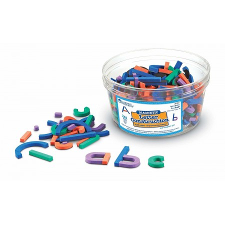 Set constructie magnetic - Litere si cifre Learning Resources
