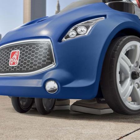Vehicul albastru turbo coupe foot-to-floor, Step2*