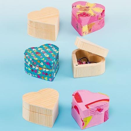 Cutiuta din lemn inimioara - Baker Ross*